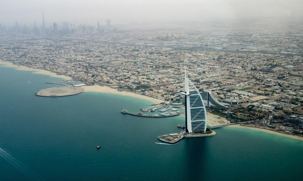 Dubai-Water-1020x610