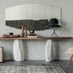 Konzolni stolovi: Malo glamura potrebno je svakom domu