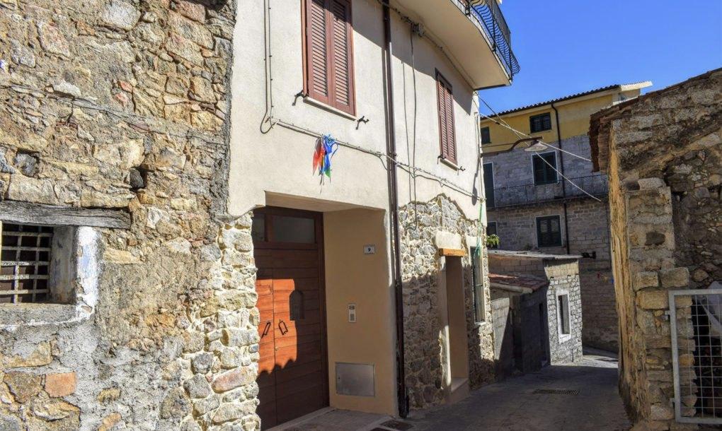 Ollalai-Italy-Sardinia-streets-1020x610