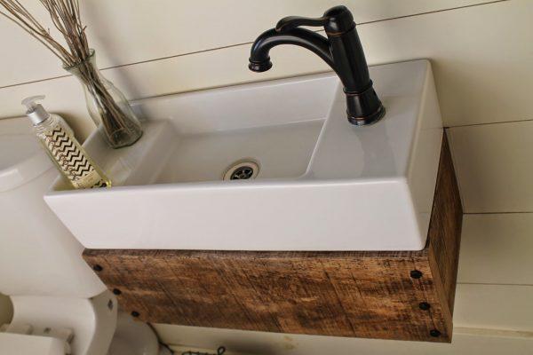 mini umivaonik