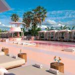 Zavirite u hotel uređen skoro u potpunosti u roza boji