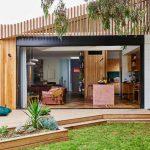 Oduševiće vas ova moderna porodična kuća sa jednom od najljepših kuhinja ikad