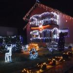 Božićna bajka: U malom mjestu pored Slavonskog Broda nalazi se najraskošnije ukrašena kuća