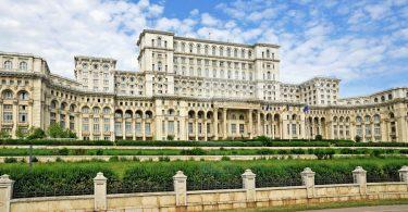 palata parlamenta u bukurestu