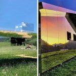 Umjetnik je stvorio kuću s ogledalima koja se stapa s okolinom i nikad ne izgleda jednako