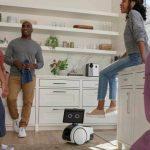 ASTRO je kućni robot koji čuva vaš dom i radi sve šta poželite